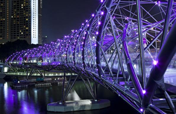 جسر الحلزون سنغافورة في خليج ماريانا 1322614278-201019965